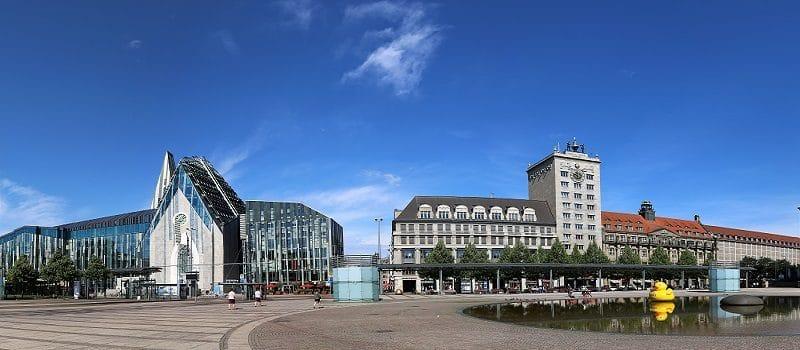 Skyline Leipzig mit Blick auf Innenstadt und Thomaskirche